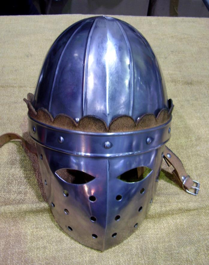 Norman helmet with mask