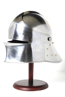 Elmo acciaio medievale